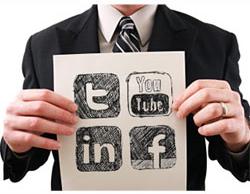 empleo redes sociales